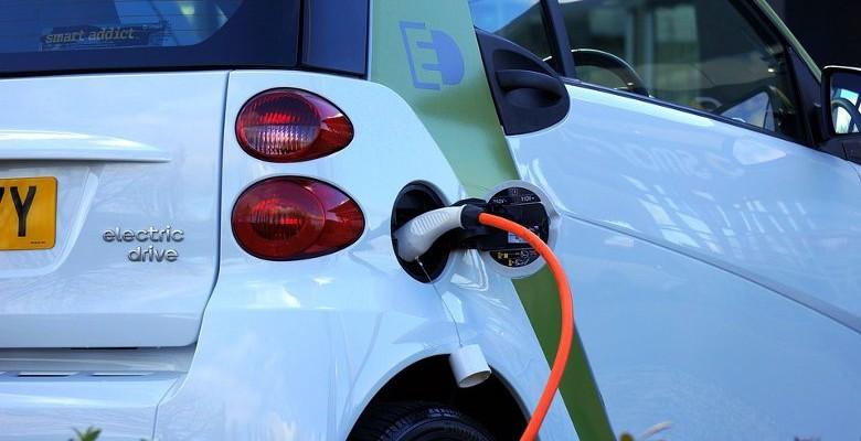 La voiture électrique, nouvelle donne des loueurs de voiture